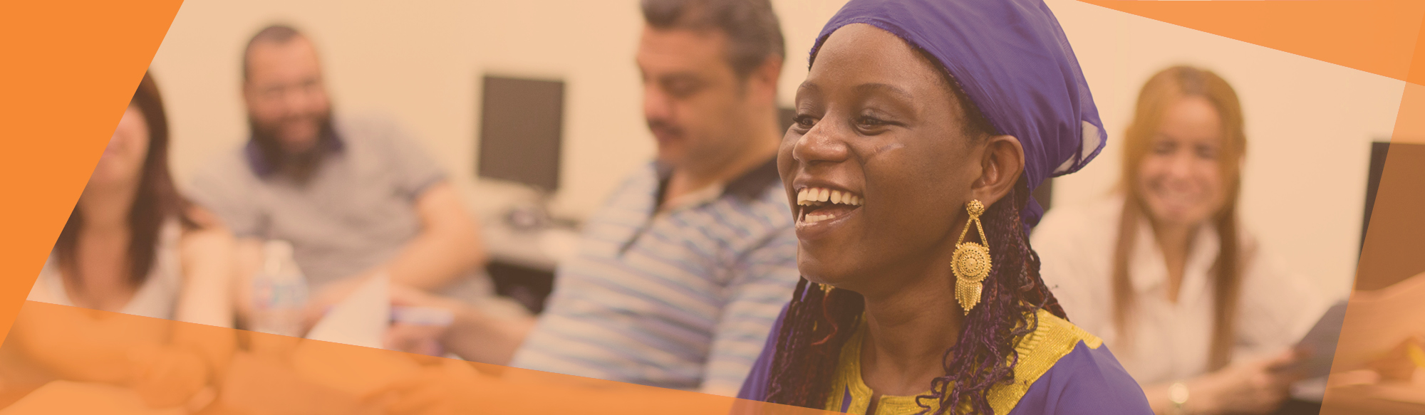 Enhance your English by improving your English skills in our LINC and credit classes